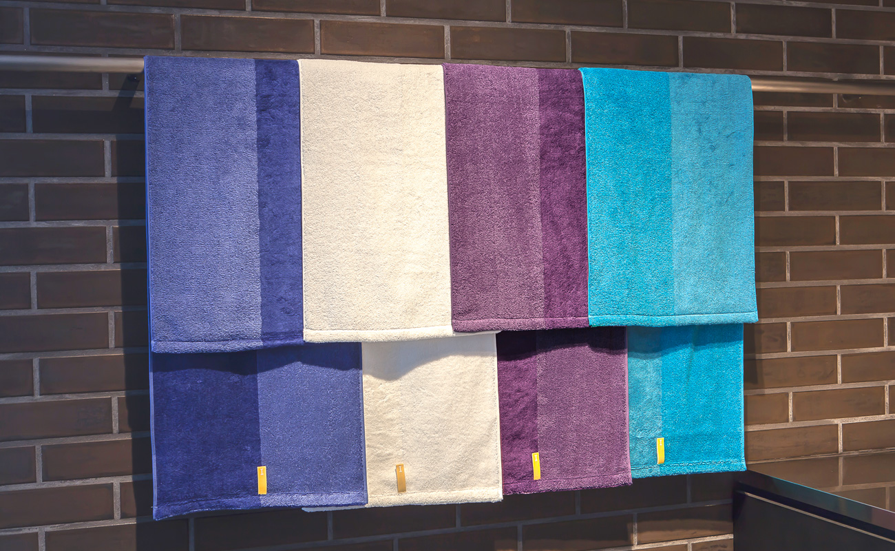 THE CHEMISTRY OF TOWELS ACHIEVING RICH, DEEP COLORS