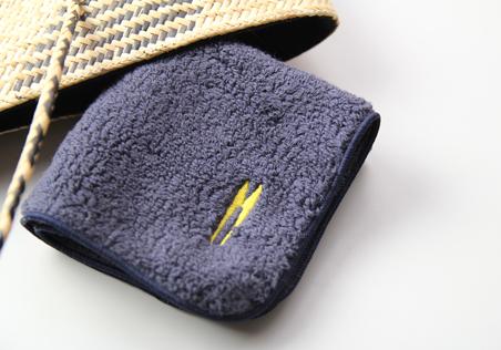 タオルハンカチハサミ刺繍